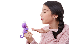 Fingerlings Baby Monkeys will respond to your kisses!